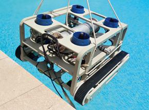 HROV: esteiras para explorar estruturas submarinas como cascos de navios. Tem 1,20 m de comprimento e 1 m de altura