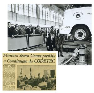 O governador Laudo Natel (de terno escuro, embaixo do carro) em visita ao Centro de Tecnologia da Unicamp, em 1975. Criada em 1976, a Codetec foi a primeira incubadora de empresas do país