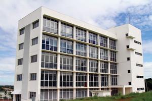 Prédio do Centro de Inovação do Parque Científico e Tecnológico no campus central