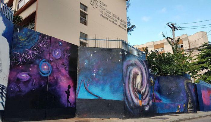 Visão geral do muro do Centro Brasileiro de Pesquisas Físicas