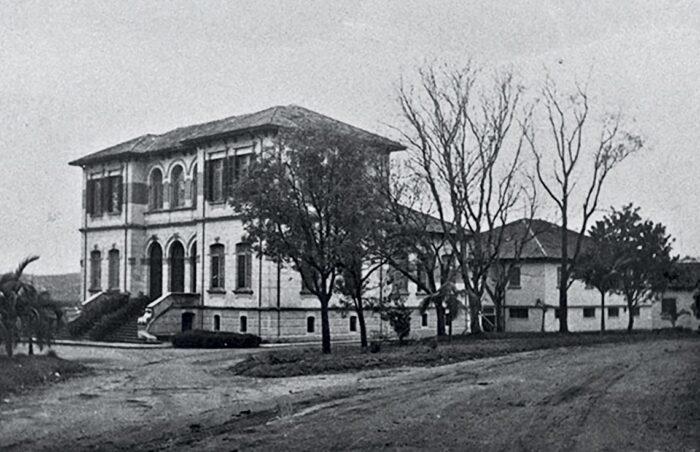 Pavilhão Lemos Monteiro, um dos prédios do instituto, em 1930